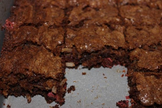 Monster Cookie Brownie Bars | longdistancebaking.com