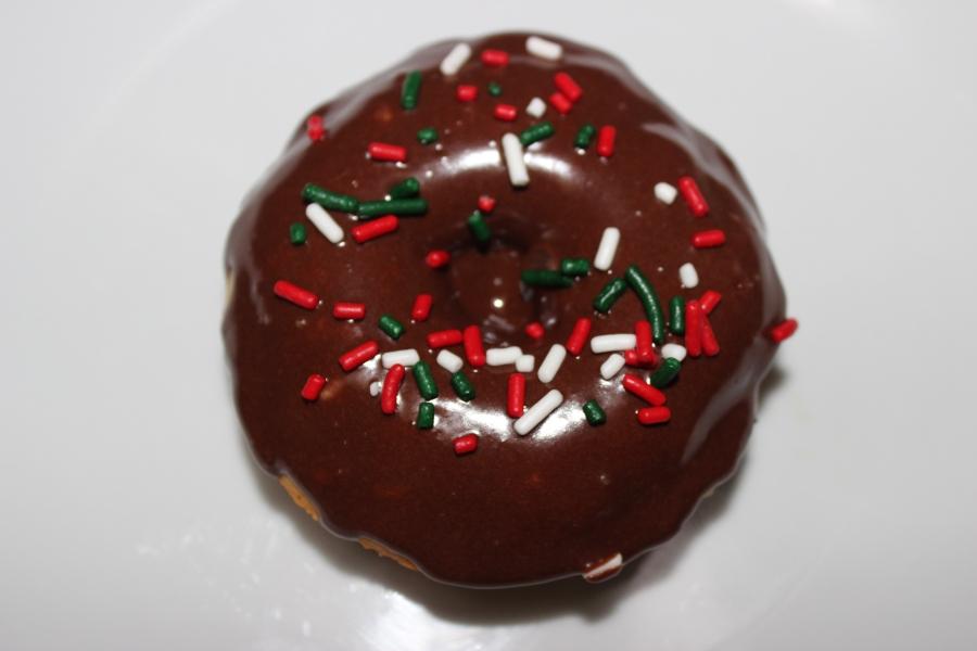 Baked Doughnuts with Chocolate Glaze | longdistancebaking.com