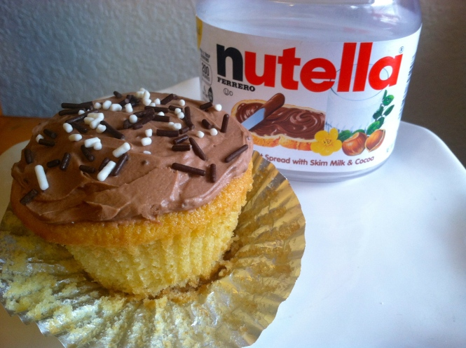 Vanilla Cupcakes with Nutella Buttercream Frosting | longdistancebaking.com