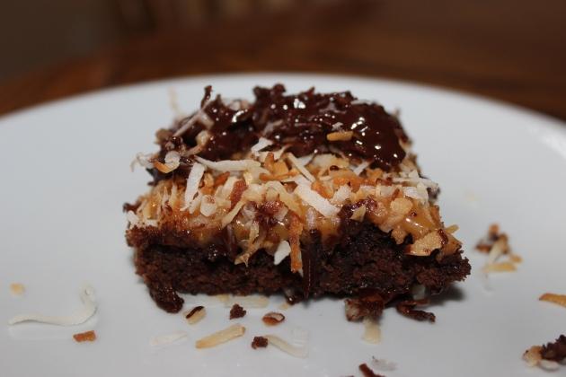 Samonies- Samoa Inspired Brownies | longdistancebaking.com