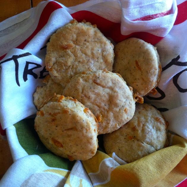 Garlic Cheddar Biscuits | longdistancebaking.com